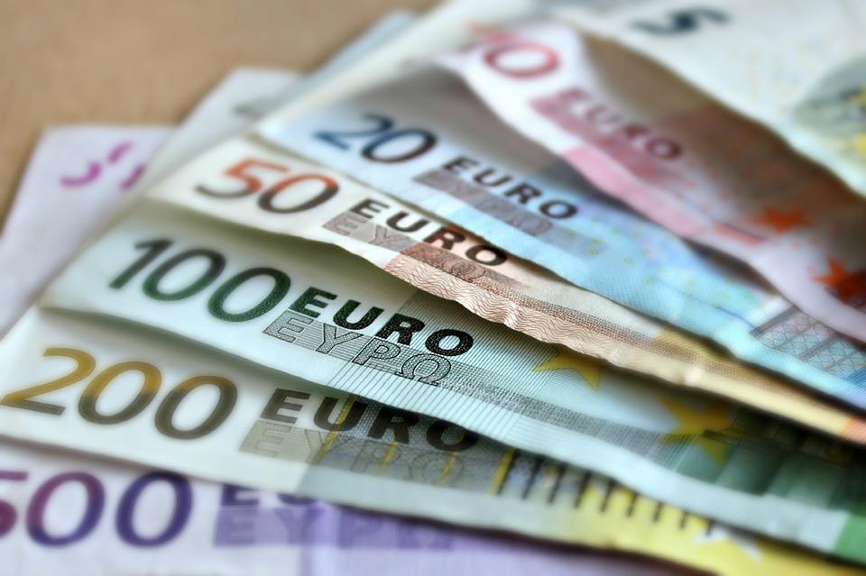 Co je rychlá půjčka a pro koho je vhodná?